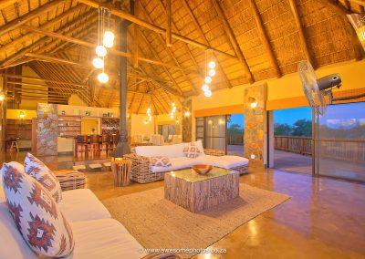 Karula Lodge Klaserie main lounge
