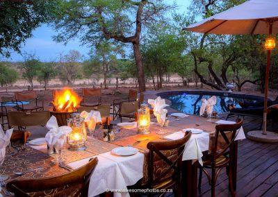 Mvuradona Safari Lodge Dinning under the stars