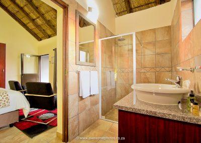 Royal Marlothi bathroom
