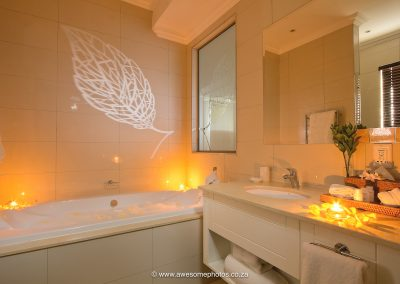 The Syrene Hotel en-suite bathroom