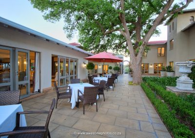 The Syrene Hotel outside dinning facilities